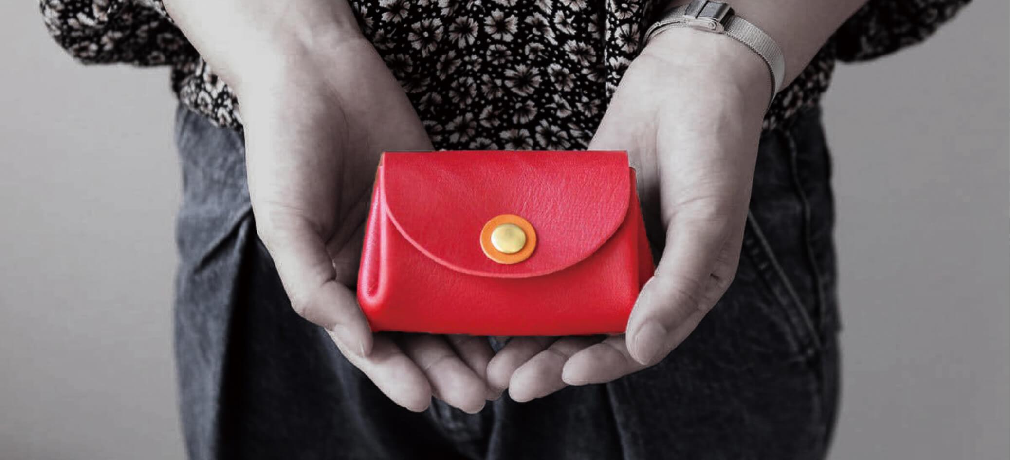 お札が折れないミニ財布