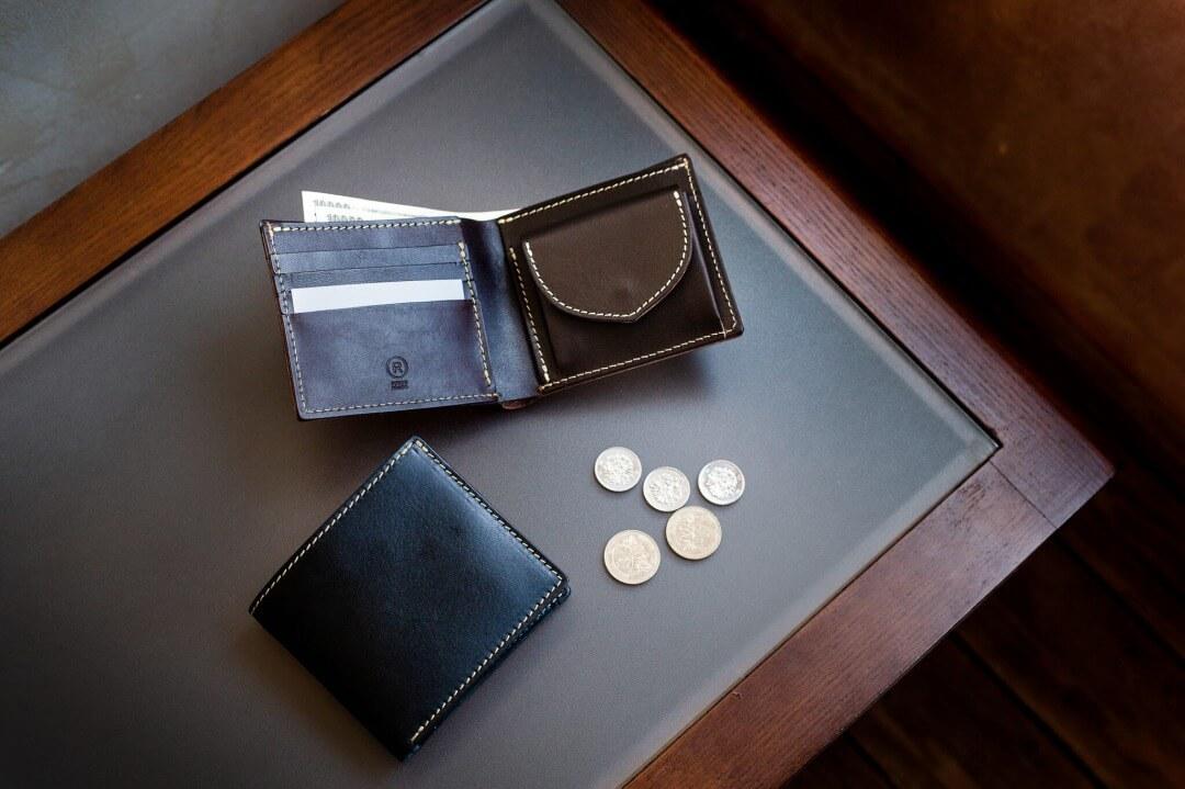 2つ折り財布
